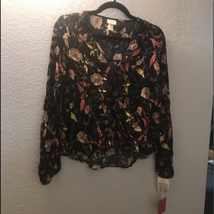 Mossimo blouse M  BNWT